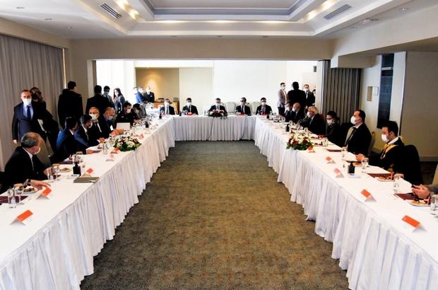 Turizm değerlendirme toplantısı Kuşadası'nda yapıldı Vali Aksoy başkanlığındaki toplantıya sektör temsilcileri ve kurum amirleri katıldı