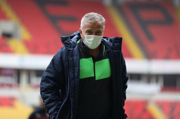 Petrescu dönemi kısa sürdü Rumen teknik direktör Dan Petrescu, Kayserispor ile 8 maçta sahaya çıktı.