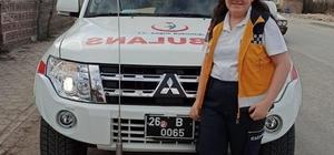 """Ambulans sireni bu kez Elif'in mutluluğu için çaldı Hayali gerçek olan Elif Kaymak: """"Onları görünce tüm ağrılarım geçti"""""""