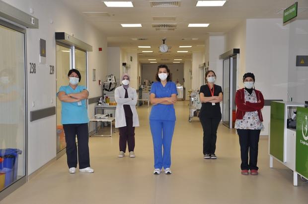 Manisa Şehir Hastanesinde çocuk yoğun bakım ünitesi açıldı Manisa Şehir Hastanesinde açılan çocuk yoğun bakım ünitesinde 4'ü 2. basamak, 8'i 3. basamak olmak üzere 12 yatak hizmet verecek