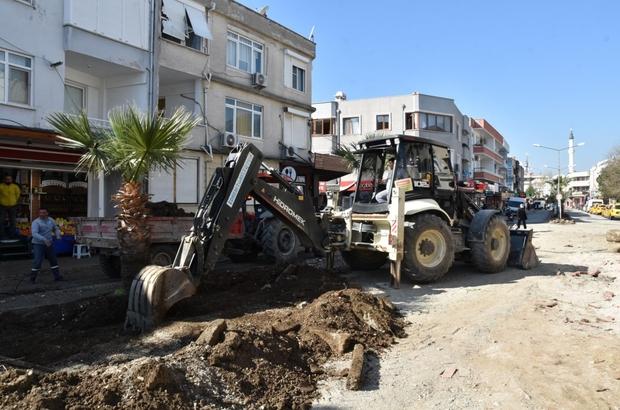 """Başkan Arslan """"Kentimize büyük değer katacak"""" Altınoluk meydan projesi tamamlanıyor"""