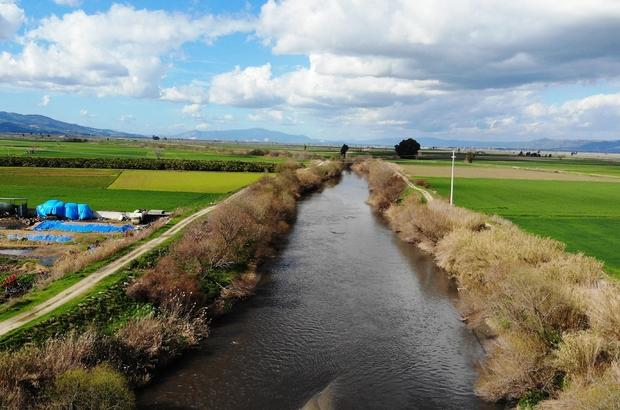 """Sulama sezonu öncesi, üreticilerin yağış beklentisi arttı Efeler Ziraat Odası Başkanı Kendirlioğlu: """"Yağışlar devam ederse barajlar dolar, sıkıntı yaşamayız"""""""