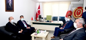 Başkan Gürkan veterinerlerin sorunlarını dinledi