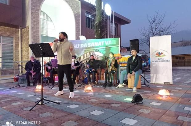 Gürsu Gençlik Merkezinden online sokak konseri