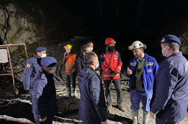 Çanakkale Valisi Aktaş, göçük bölgesinde incelemelerde bulundu