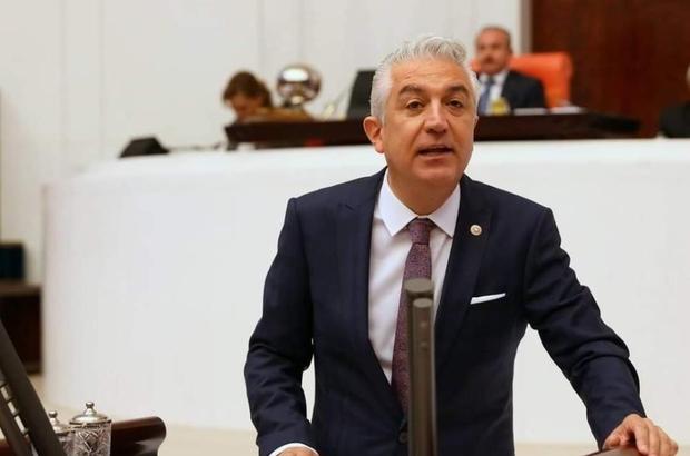 CHP'deki yeni kaset skandalında gözaltı sayısı 6'ya yükseldi gözaltına alınan 6 kişiden birinin polis olduğu öğrenildi Gözaltına alınan eski belediye çalışanının, polis eniştesiyle birlikte suçu planladıkları ortaya çıktı