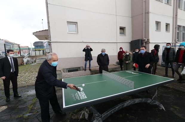 Gebze'deki okul ve parklara masa tenisi sahaları kuruluyor
