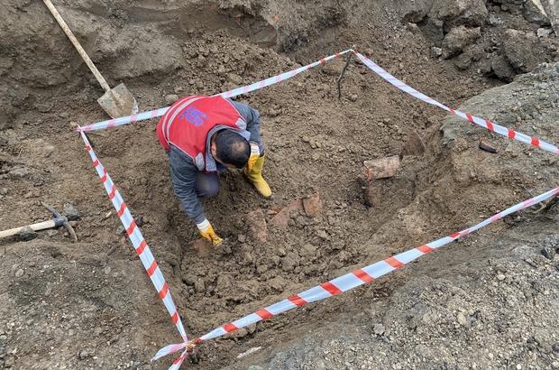 Alt yapı çalışmalarında tarihi eser kalıntıları bulundu İSKİ'nin alt yapı çalışmaları durduruldu Arkeologlar bölgede inceleme çalışmalarına başladı