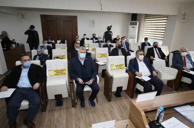 Meclis toplantısında kırmızı bölgede yer alan Sakarya konuşuldu Başkan Soykan, tedbirlere riayet edilmesi yönünde vatandaşı uyardı