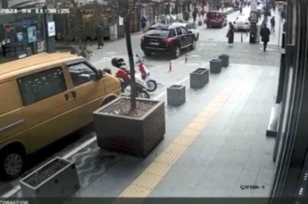 Lüks cipin 3 kişinin yaralanmasına yol açtığı kaza kamerada