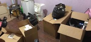 Adana'da kaçakçılık operasyonu Operasyonda 4 bin 160 kaçak sigara, 6 bin 600 doldurulmuş, 30 bin boş kaçak makaron ele geçirildi
