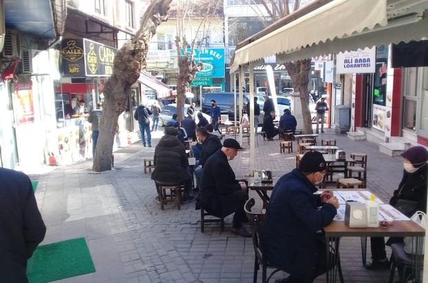 Lokanta ve restoranlar açıldı ama vatandaş tedirgin Esnaf normalleşme sürecinden memnun kaldı