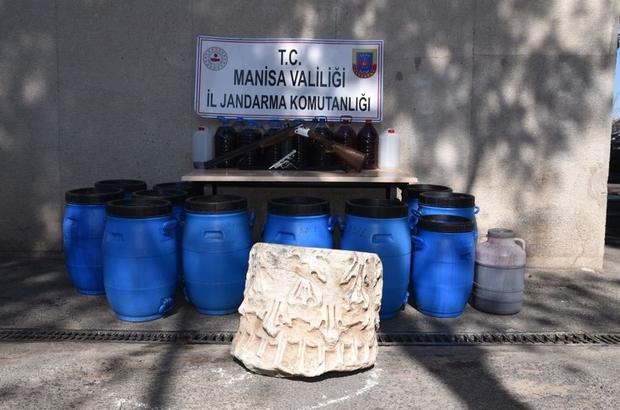 Sahte içki operasyonunda tarihi eser ele geçirildi Manisa'da sahte içki operasyonuna giden ekipleri şaşırtan manzara
