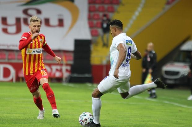Süper Lig: Kayserispor: 0 - Çaykur Rizespor: 0 (İlk yarı)