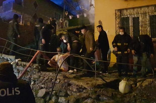 """Karabük'te ev yangını: """"Yanıyorum"""" bağırışını duyan kardeş abisini kurtardı İki kardeş dumandan etkilendi"""