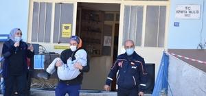 Isparta'da öğrencilere afet eğitimi verildi Senaryo gereği enkaz altındaki öğrenciler kurtarıldı