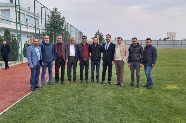 Diyarbakırspor sahaya indi, sanatçı Bedri Aysel'i takıma moral verdi