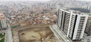 Örnekköy'de ikinci etap için temel atma zamanı İzmir Büyükşehir Belediyesinden kentsel dönüşümde bir adım daha Temel atma törenine Kemal Kılıçdaroğlu'nun da katılması bekleniyor
