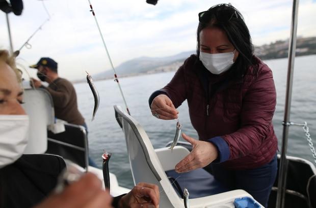(Özel) Bursalı kadın girişimci tekne alarak olta balıkçılığı turları düzenliyor