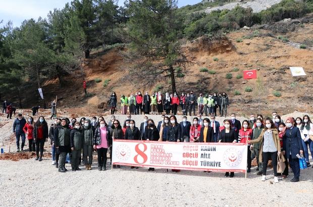 Muğla'da Mercan Hatıra Ormanı Muğla Orman Bölge Müdürlüğünde 8 Mart Dünya Kadınlar Günü dolayısıyla Mercan Hatıra Ormanı oluşturuldu