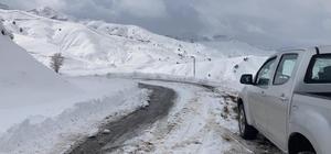 Tunceli'de kar nedeniyle kapanan 20 köy yolundan 17'si açıldı