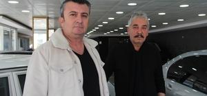 """İzmir'de akıl almaz olay: Galericinin 1.6 milyon TL dolandırıldığı iddiası """"Tahmini olarak piyasayı 34 milyon lira dolandırdıklarını düşünüyoruz"""" Kendisini holdingin üst düzey yöneticisi olarak tanıttı, milyonlar dolandırdı"""