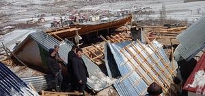 """Nurhak'ta şiddetli rüzgar çatıları uçurdu Nurhak Belediyesi """"evden çıkmayın"""" uyarısı yaptı"""