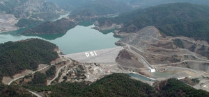 Dalaman Akköprü Barajından milli ekonomiye 'dev' katkı Tarım ve Orman Bakanlığı Devlet Su İşleri (DSİ) Genel Müdürlüğü tarafından 2011 yılında hizmete alınan Dalaman Akköprü Barajı ekonomiye 1 Milyar 353 Milyon 612 Bin liralık fayda sağladı.