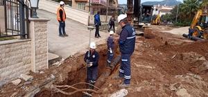 Muğla'nın içme suyu hatları yenileniyor Muğla Büyükşehir Belediyesi Muğla'nın, Bodrum, Marmaris, Fethiye, Milas, Yatağan ve Menteşe ilçesinde eskiyen ve arıza yapan içme suyu hatlarını yeniliyor.