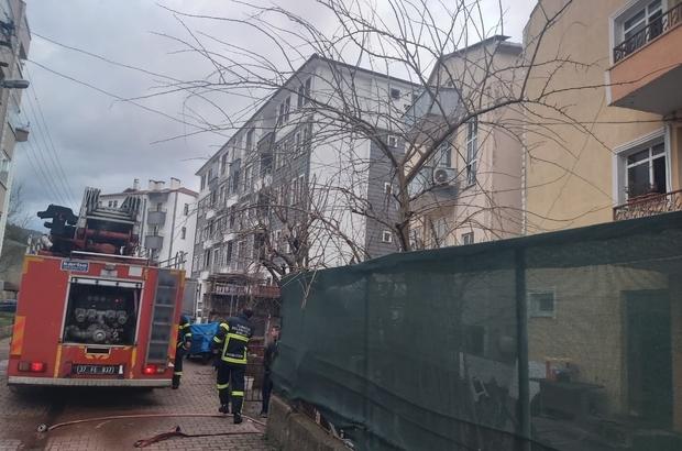 Bacadan çıkan yangın evi kullanılamaz hale getirdi