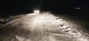 Kar ve tipi nedeniyle yolda mahsur kaldılar Büyükşehir Belediyesi kırsal Hizmetler ekipleri mahsur kalan vatandaşları kurtardı
