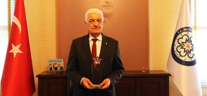 Muğla Büyükşehir projeleri ile ödüllendiriliyor Muğla Büyükşehir Belediyesi il genelinde hizmetleri ve ortaya koyduğu yenilikçi projeleri ile bugüne kadar 8 ödül kazandı.