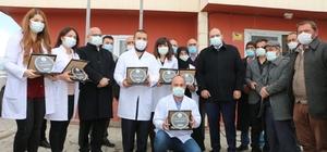 Başkan Orhan'dan sağlık çalışanlarına Kanser Haftası sürprizi