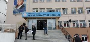 Çorlu'da binlerce kişi Bulgaristan seçimleri için sandık başına gitti