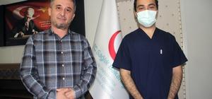 """Covıd-19 ilacının, KKKA tedavisinde sonuç verdi Prof. Dr. Ahmet Cumhur Dülger """"Covid-19'da kullanılan Favipiravir isimli Japon menşeili ilacın KKKA hastalığını tedavi edebileceğini tesadüfi olarak gözlemledik araştırdık ve bilimsel tıp dergisinde yayınladık"""" İç Hastalıkları Uzmanı Dr. Öğr. Üyesi Mustafa Yakarışık: """" Çalışmalarında Covid-19 pandemisi için kullanılan ilacın esasında Kırım Kongo Kanamalı Ateşi hastalığında da etkili olabildiğini gösterdik."""""""