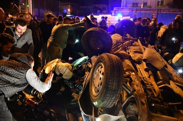 Turgutlu'da feci kaza: 2 ölü, 4 yaralı