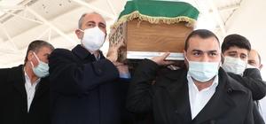 Adalet Bakanı Gül'ün annesi son yolculuğuna uğurlandı Cenazeye çok sayıda siyasi isim katıldı Gül ailesi, korona virüs salgını nedeniyle taziye kabul etmedi