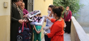 Akdeniz Belediyesinden her kesime destek Mersin'in merkez ilçe Akdeniz Belediyesi, sosyal, psikolojik ve maddi desteklerle binlerce aileye, kadına, yaşlı ve engelli vatandaşa ulaştı