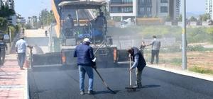 Yenişehir'de yol ve kaldırım yapım çalışmaları sürüyor