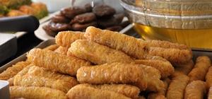 Ramazan ayının vazgeçilmez tatlısı kadayıf dolması, iftar sofraları için hazır