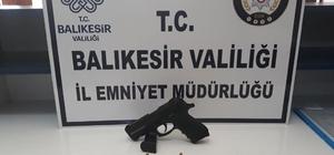 Balıkesir'de polis  'Huzur' operasyonlarında 25 kişiyi gözaltına aldı