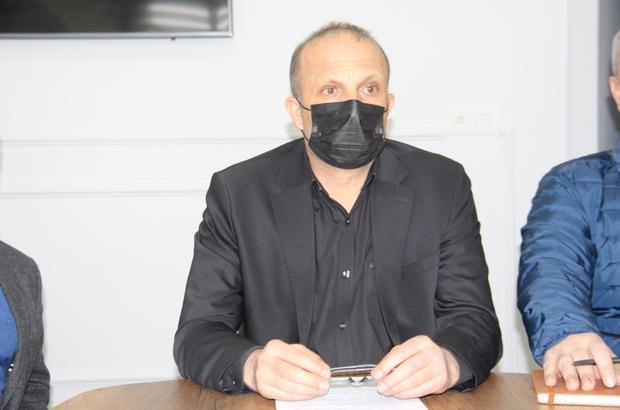 """Maden işçileri aşılamada öncelik grupta olmak istiyor Türkiye Maden İşçileri Sendikası Genel Sekreteri Tamer Küçükgençay: """"Yeraltı madenlerinde vakalar artarak devam etmektedir. Zaten dünyanın en zor işini yapan maden emekçileri üretirken de birde virüs belasıyla uğraşmak zorunda"""" """"Sayın Cumhurbaşkanımızdan ve Sağlık Bakanımızdan yer altı maden iş emekçilerine aşılamada öncelik istiyoruz. İşyerlerimiz ne kadar önlem alırsa alsın maden işçileri risk taşımaya devam ediyor"""""""