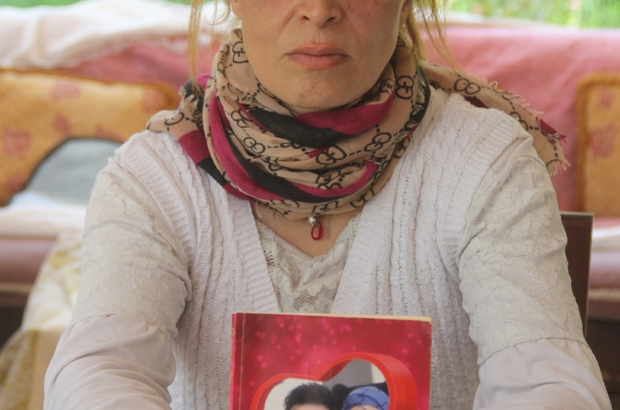 Öldüresiye dövdüğü karısı için aşk kitabı yazmış Adana'da İran uyruklu mimar eşini öldüresiye dövdüğü için tutuklanan zanlı kocanın, 3 yıl önce aşk kitabı yazıp eşine sevgililer gününde hediye ettiği ortaya çıktı