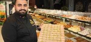 Diyarbakır'da sokağa çıkma kısıtlamasından muaf olan tatlıcıların Ramazan mesaisi