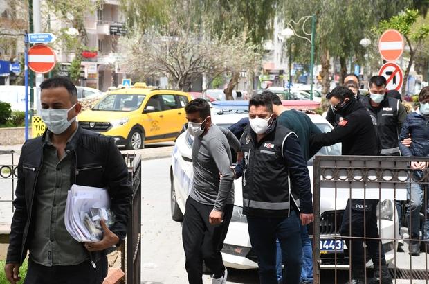 FETÖ üyelerinin yurt dışı planını polis engelledi Yakalanan FETÖ şüphelileri ile organizatörler adliyeye sevk edildi