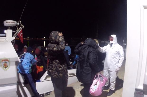 Ayvalık'ta batmak üzere olan lastik bottaki 36 göçmen kurtarıldı