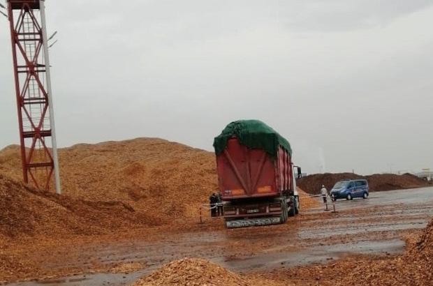 Akhisar'da kamyondan düşüp hayatını kaybetti