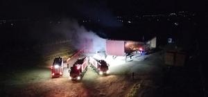 İzmir'de saman deposu alev alev yandı Binlerce balya saman küle döndü