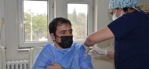 Kaymakam Tuncer, Covid-19 aşısı oldu