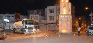 Viranşehir'de caddeler köpüklü su ile yıkandı